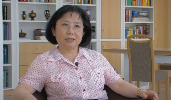 Dr. Li (1)